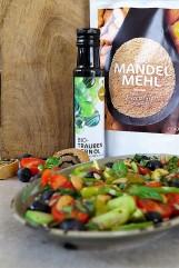 Herbstsalat_Öl_Mandelmehl