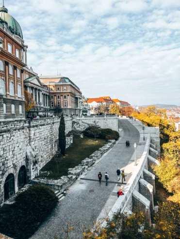 Budapest_Budacastle_Weg
