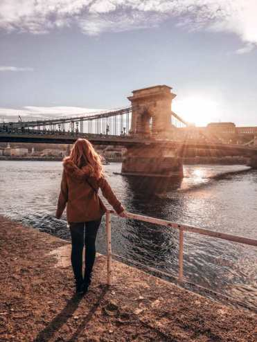 Budapest_Kettenbrücke_Sonnenuntergang